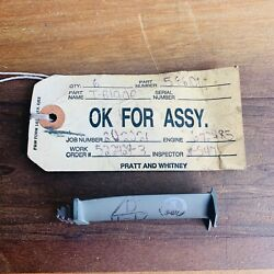 Pratt And Whitney 566101 Aircraft Jet Turbine Engine Blade 672485 For Collectors