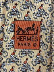 """Hermes Tie 5441 Fa Yellow """"cyclist"""" 100 Silk Tie New In Box With Tag"""