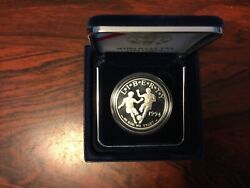 World Cup Usa 1994 Silver One Dollar Liberty Coin. Us Mint Uncirculated