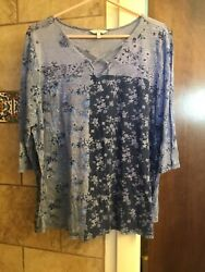 Lucky Brand 2X 12 Sleeve Pullover Blue Floral Top So Cute $6.00