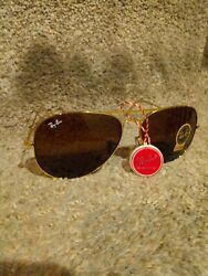 Ray Ban RB3025 Aviator Gold Frame with Brown Lens Sunglasses $59.88