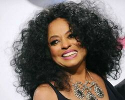 Diana Ross With Big Smile Candid 8x10 Photo Circa 2018