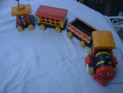 Fisher Price Huffy Puffy Train 666 Pull Toy Wooden Cars Factory Mistake Rare1958