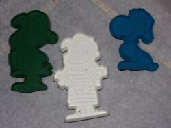 3 Vintage Peanuts Snoopy Cookie Cutters United Syndicate Inc Snoopy Lucy Linus