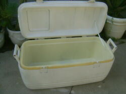 Large Ice Chest Insulated Igloo Cooler $45.00