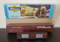 Vintage Collectible Athearn Southern Pacific Model Train With Box
