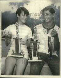 1968 Press Photo Marion Hess And Michelle Robert Take First In Fishing Rodeo