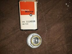 1963 Gmc / Chevrolet 10-50 Series Truck Nos Delco Remy Ignition Switch 1116538