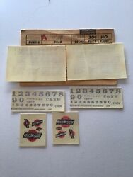 Walther's Decals Ho Scale 38-70a Chicago Northwestern Cnw Locomotives Silver H3