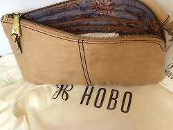 Hobo International Sable parchment Leather Clutch Wristlet Wallet New $89.00