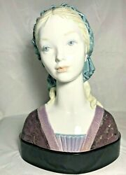 Lladro Large Porcelain Sculpture Bust Of Bright Eyes 8409-original Box And Base