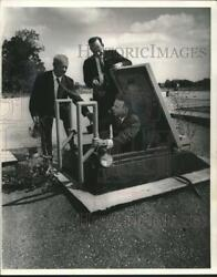 1963 Press Photo Joseph A. Greco And Others At Nike Missile Site Waukesha County