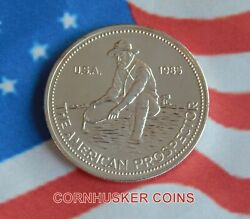 1985 Engelhard Prospector 1 Oz Silver Pl Round With A Reflective Surface