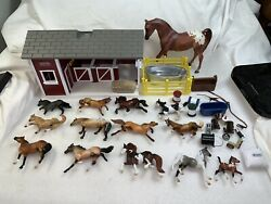 Rare 1999 Reeves Breyer Lot Of 14 Assorted Horses, Barn And Accessories