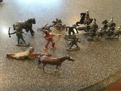 Lead Toy Soldier Lot Cast Iron Soldiers And Indains, Horses