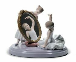 Lladro 8571 My Perfect Pose Ballet Girls Group With Mirror 01008571