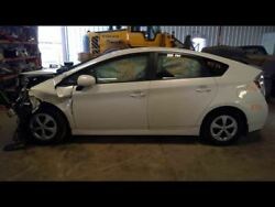 Chassis Ecm Power Supply Charger Below Battery Fits 14-15 Prius 1885490