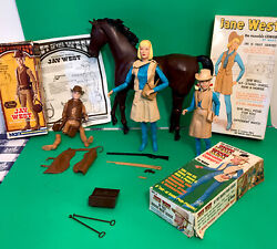 Johnny West Lot Jane West , Josie West And Jay West With Horse Accessories Box