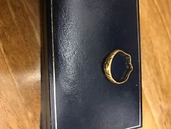 916 Asian Gold Ring, Purchased In Dubai, See Photos As Bent