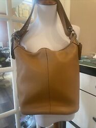 Vintage Coach Slim Hobo Bucket Purse Camel Great Pre Owned Condition $35.00