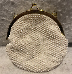 Vintage Evening Bag Purse White Beaded Clasp Made In Hong Kong Beautiful $19.95