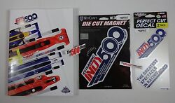 Fan Pack 2017 Indy 500 Event Program W/ Starting Line-up Die Cut Magnet And Decal