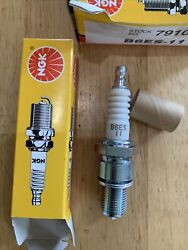 New Nos Ngk Spark Plugs B6es-11 Stock No. 7910 Free Shipping