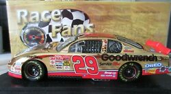 Kevin Harvick 29 Oreo Gm 2001 Monte Carlo 1 Of 1000 24 Kt Gold 124 Action