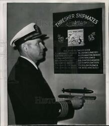 1964 Press Photo Capt. John L. Holmes Holds A Replica Of The Nuclear Submarine