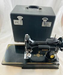 Sewing Machine Singer Featherweight 221-1 Series Ah 1947 Excellent One Owner