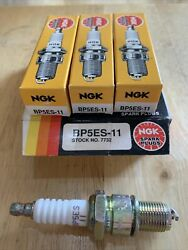 New Nos Ngk Spark Plugs Bp5es-11 Stock No. 7732 Free Shipping