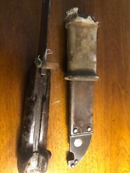 Military Vietnam Era Vintage Knife Collection Cd3372 Authentic