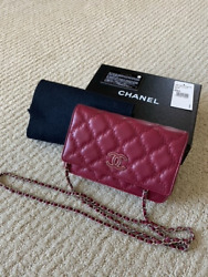 Auth Red With Silver Hardware Quilted Wallet On Chain Bag
