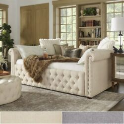 Knightsbridge Queen Size Tufted Chesterfield Daybed And