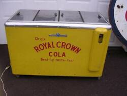 Vintage 1940's-1950's Royal Crown Cola And Nehi Chest Cooler In Nice Condition