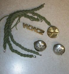 Vintage Army W.w.2. Silver Tone Field Artillery U.s. And Gold Infantry Pin Lot