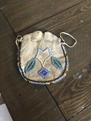 Antique Northern Native American Tribe Beaded Pouch Good Condition