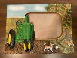 """John Deere Tractor 3d Picture Frame Holds 6"""" X 4"""" Excellent, 9 1/4"""" X 7"""" In All"""