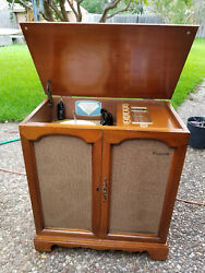 Vintage Magnavox Stereo Phonograph Tube Console Restored Working