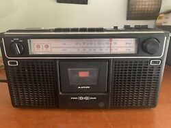 Sears Am Fm Fm Stereo Radio Cassette Recorder Boombox 564.21830050 Works