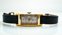 K115 Vintage 1940and039s Menand039s Movado Curvex Wristwatch