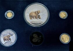 Cook Islands National Park Yellowstone Grizzly Bear Gold And Silver Se Csc028886
