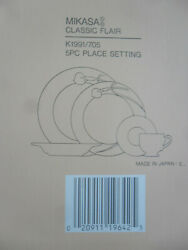 New Mikasa Classic Flair 5 Piece Place Setting In Original Box, White