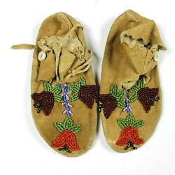 Vintage Old 1920s Native American Child Kid Beaded Moccasins Hide Soles Laces