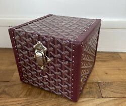 Vanity   Trunk   Mini Malle Goyard   Limited Andeacutedition   8500andeuro Retail Price  
