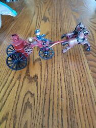 Vintage Cast Iron Toys Old Fashioned Fire Truck With Horses Metalware 1