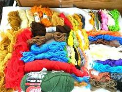 Big Lot Of Yarns For Needlepoint Crewel Regular Knitting Rugs Tapestry Crafts