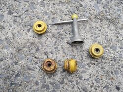 Wire Hubcap Wrench Key 88-92 Olds Buick Cadillac With 4 Nuts Yellow Y Oem