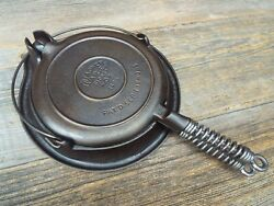 Wagner Ware 1408 Cast Iron Low Base Waffle Maker 8, Restored