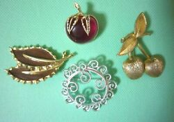 Vintage Sarah Coventry Antique Apple Brooch 4 Items In Total From Japan A